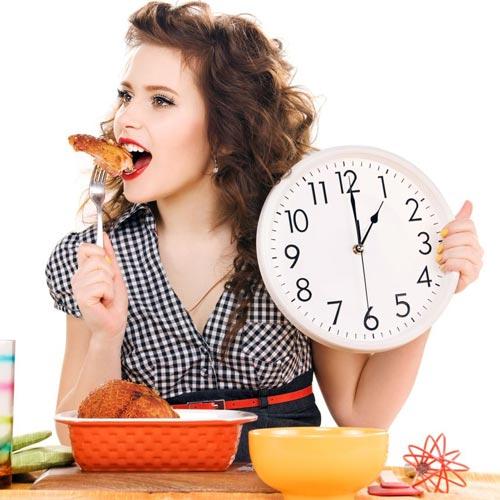 14 lời khuyên về chế độ ăn dành cho người tập Yoga - Ăn đúng giờ