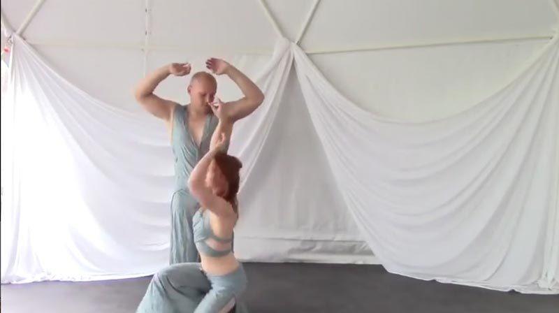 1+1=3 - Video biểu diễn Yoga nghệ thuật và Ý nghĩa