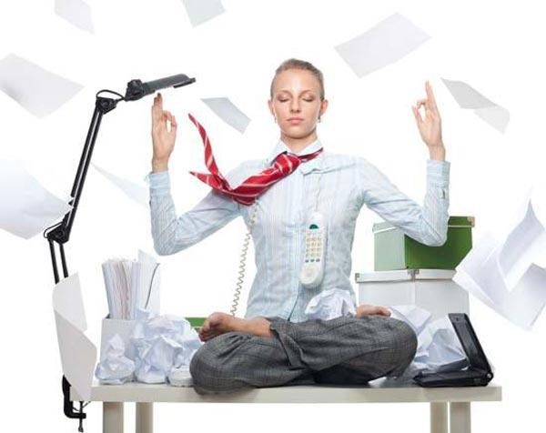 6 bài tập yoga giảm mệ mỏi, căng thẳng cho giới văn phòng