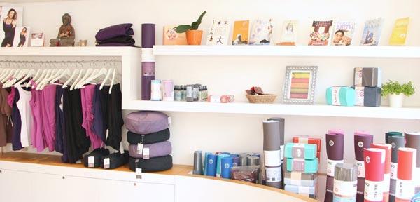 Tổng kho thảm, đồ tập, dụng cụ yoga toàn quốc - Shop Gia Phát